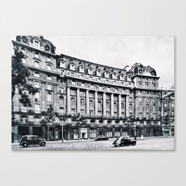 Waldorf Hotel London Canvas Print