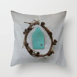 Crown of branches Throw Pillow