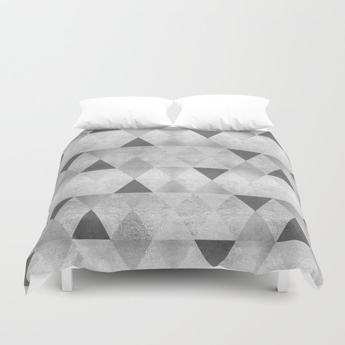 GRAPHIC PATTERN Sparkling triangles | silver Duvet Cover