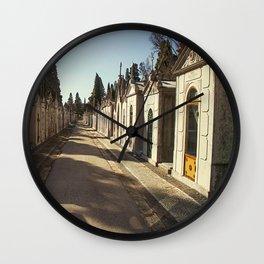 Cemiterio dos Prazeres, 2 Wall Clock