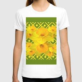 Moss Green Yellow Spring Daffodils Art T-shirt