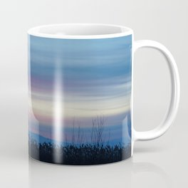 streaky sunset Coffee Mug