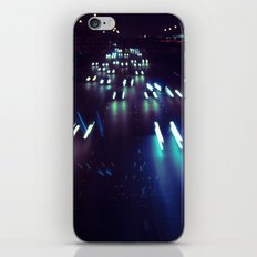 (purp)xSTREETZ3 iPhone Skin