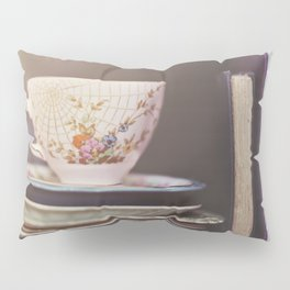Vintage teacup and old books Pillow Sham