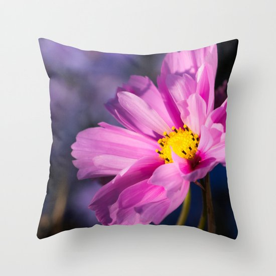 cosmea flower Throw Pillow
