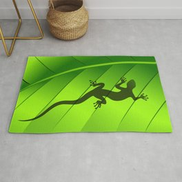 Lizard Gecko Shape on Green Leaf Rug