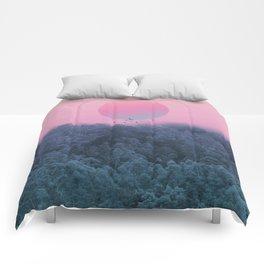 Landscape & gradients IV Comforters