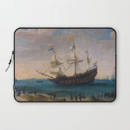"""Hendrick Cornelis Vroom """"Het uitzeilen van een aantal Oost-Indiëvaarders"""" Laptop Sleeve"""