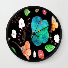 Japaneses midnight garden Wall Clock