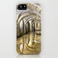 Winchester Cathedral Crypt Slim Case iPhone (5, 5s)