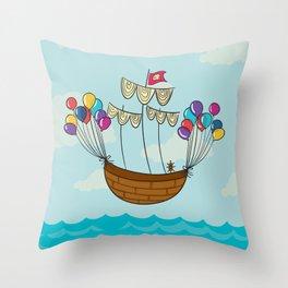 Navicula Flotante Throw Pillow