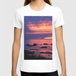 Sunset on the Mighty St-Lawrence T-shirt