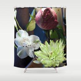 Trois Fleurs Shower Curtain