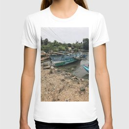 Harbor in Trinco T-shirt