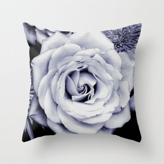 FLOWERS IV Throw Pillow