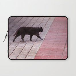 Cat Walking  6589 Laptop Sleeve