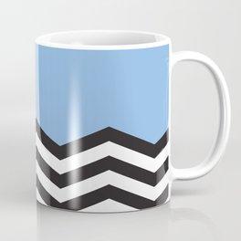 Mustavalko siksak sinisellä pohjalla Coffee Mug