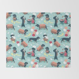 Hot dogs and lemonade // aqua background navy dachshunds Throw Blanket