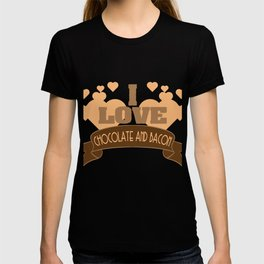 """Best combination ever in one tee! Grab this fabulous """"Chocolate and Bacon Lover"""" tee now!  T-shirt"""