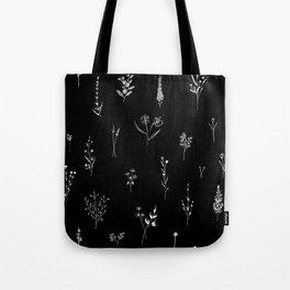 Black wildflowes Big Tote Bag