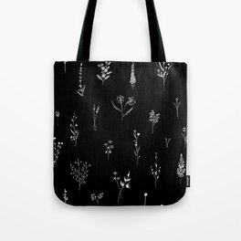 Black wildflowes Big Tote Bag