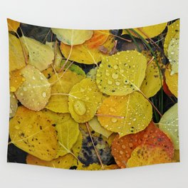 Water droplets on autumn aspen leaves Wall Tapestry