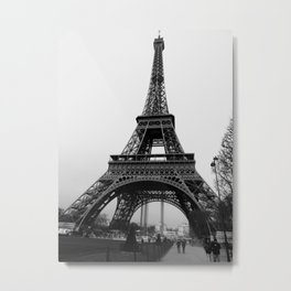 Eiffel Tower - black and white Metal Print
