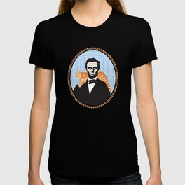 Abe Lincoln the first president to bring a cat to the White House T-shirt