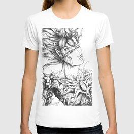 Twisted Beauty   T-shirt