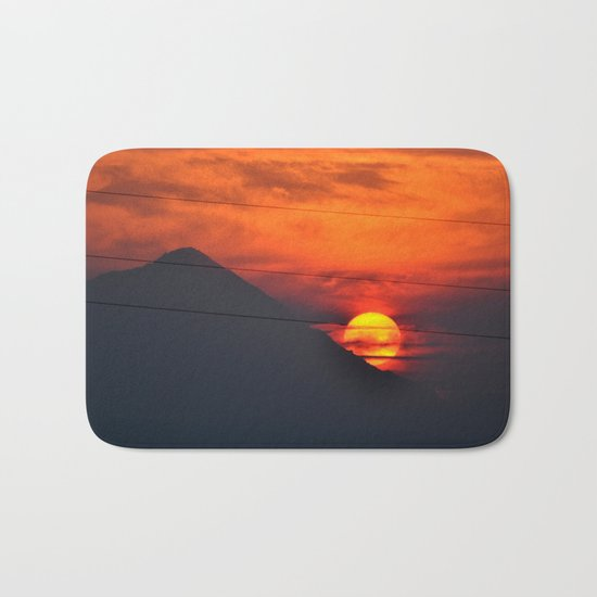 SUNSET OVER MOUNT HOOD Bath Mat