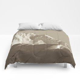 Alaskan Mts. - Mono I Comforters
