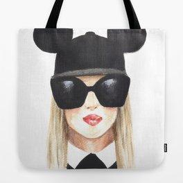 Fashion illustration-Girl with glasses Tote Bag