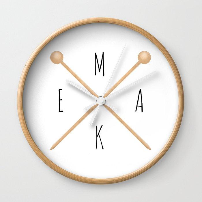 MAKE     Knitting Needles Wall Clock