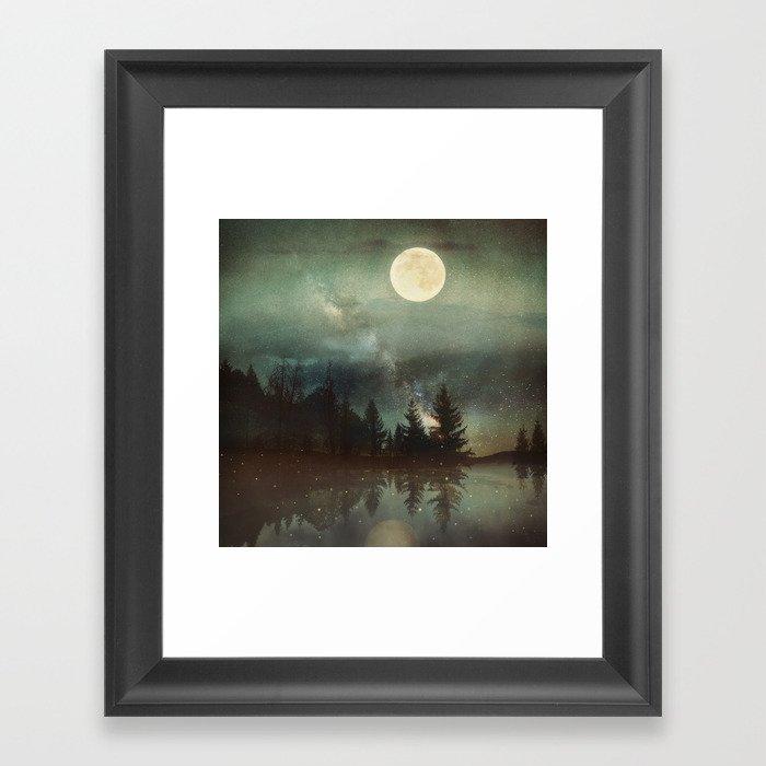 Midnight Fireflies Gerahmter Kunstdruck