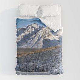 Winter Wonderland - Road in the Canadian Rockies Duvet Cover