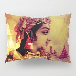 Radha Krishna- The Infinity Pillow Sham