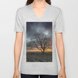 Lonely Tree In A Drought Field At Sunset Ultra HD Unisex V-Neck