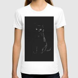 Black black cat in a black black room T-shirt