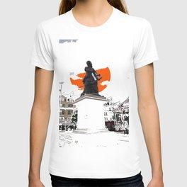 Jeanne Hachette Red T-shirt