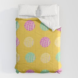 Mexican pan dulce conchas mustard background pattern Comforters