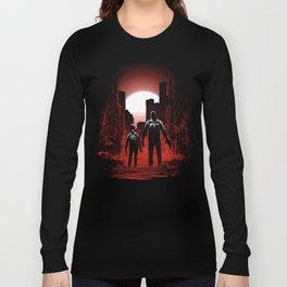 Quarantine: Joel and Ellie Long Sleeve T-shirt