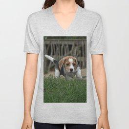 Beagle puppies Unisex V-Neck