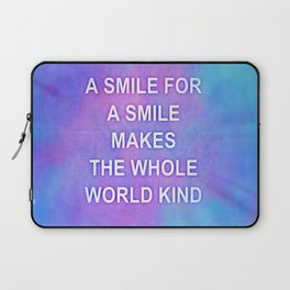 A smile for a smile... Laptop Sleeve
