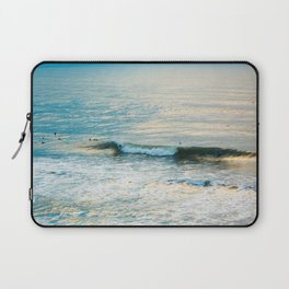 Winter Surfing II Laptop Sleeve