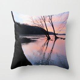 reflecting dusk Throw Pillow