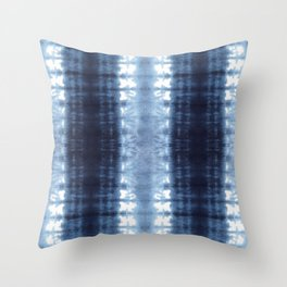 Neue Jersey Shibori Throw Pillow