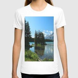 Island In the Lake T-shirt