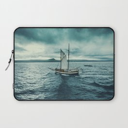 Whale spotting Iceland Laptop Sleeve