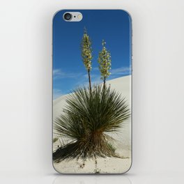 Soap Yucca In The White Sands Dunes iPhone Skin