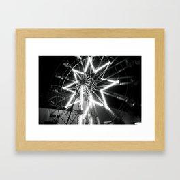 Estrella Difuminada Framed Art Print